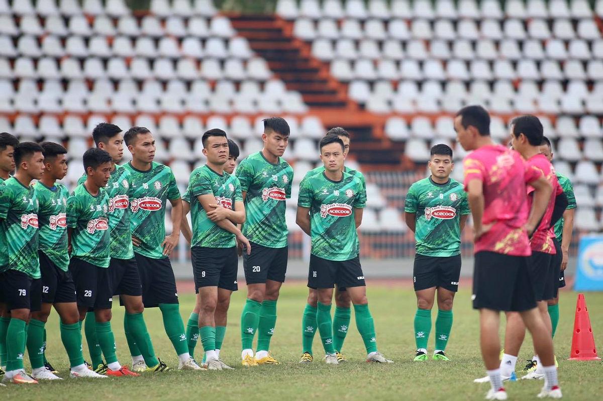 """CLB TP.HCM đổi tên, CĐV đề xuất ý tưởng... """"Ngô Hoàng Thịnh FC"""" - Ảnh 1."""