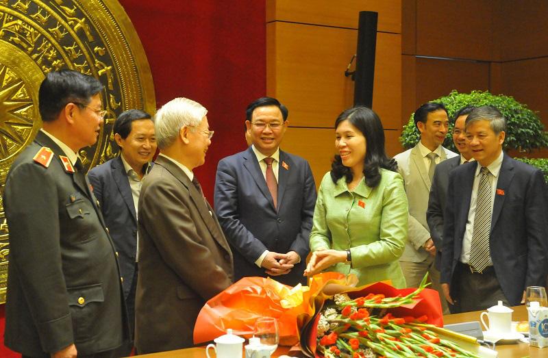 Ông Vương Đình Huệ chúc mừng Tổng Bí thư Nguyễn Phú Trọng hoàn thành xuất sắc nhiệm vụ Chủ tịch nước - Ảnh 3.