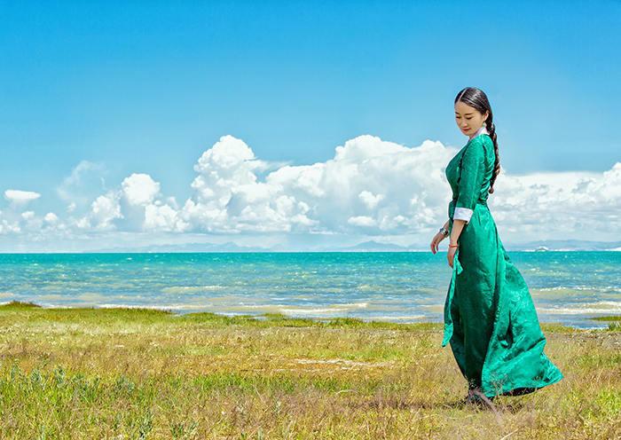 """Du lịch Trung Quốc: Chiêm ngưỡng cảnh sắc """"thiên nhiên bừng tỉnh"""" chào Xuân kỳ ảo bên """"Thánh hồ"""" Thanh Hải - Ảnh 6."""