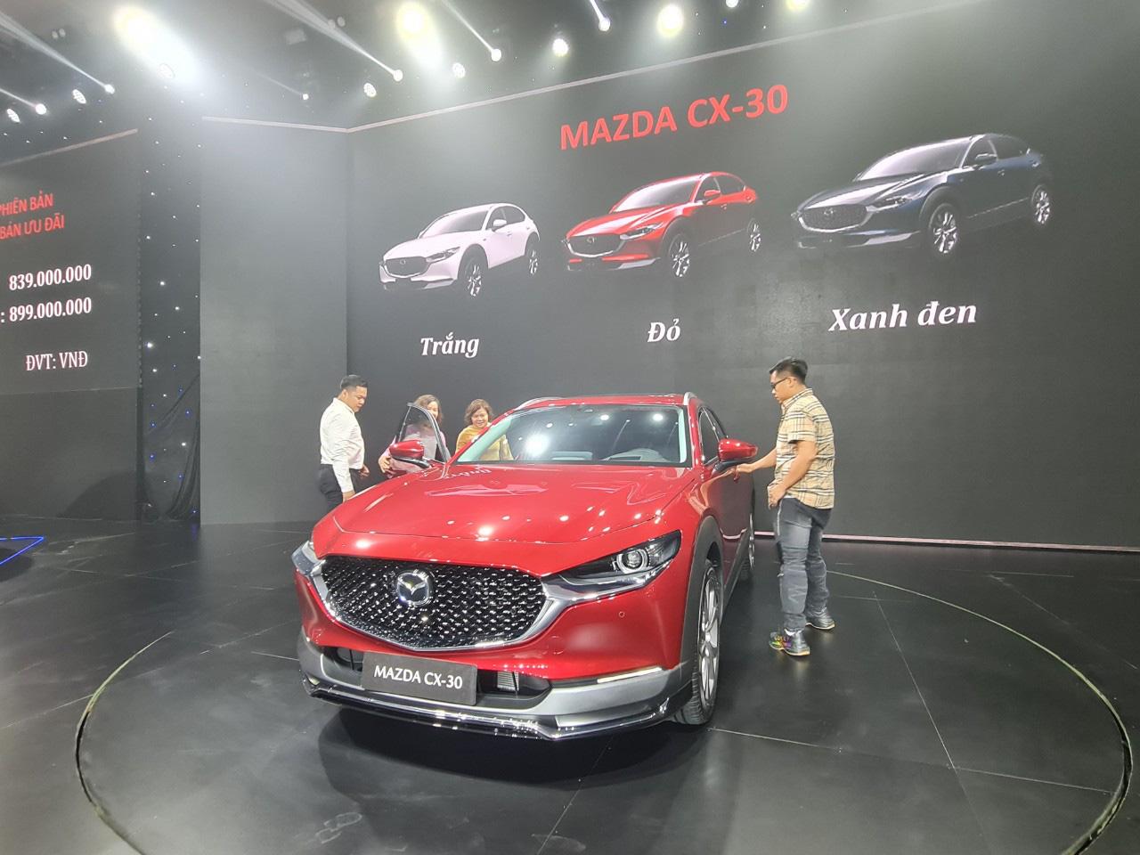 """Quảng Nam: Tỷ phú Trần Bá Dương ra dòng xe Mazda CX-30 """"thế hệ mới - đẳng cấp mới"""".   - Ảnh 1."""