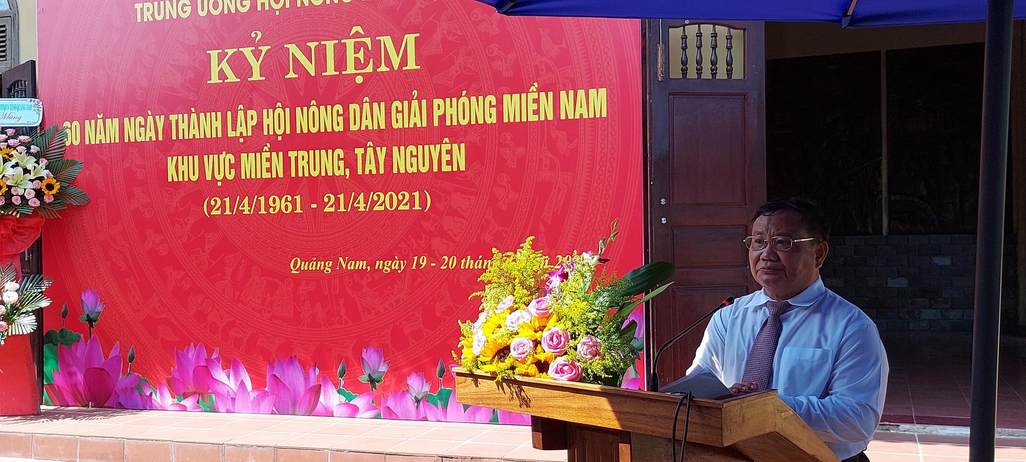 Trung ương Hội Nông dân Việt Nam về nguồn tưởng nhớ các anh hùng nông dân - Ảnh 2.