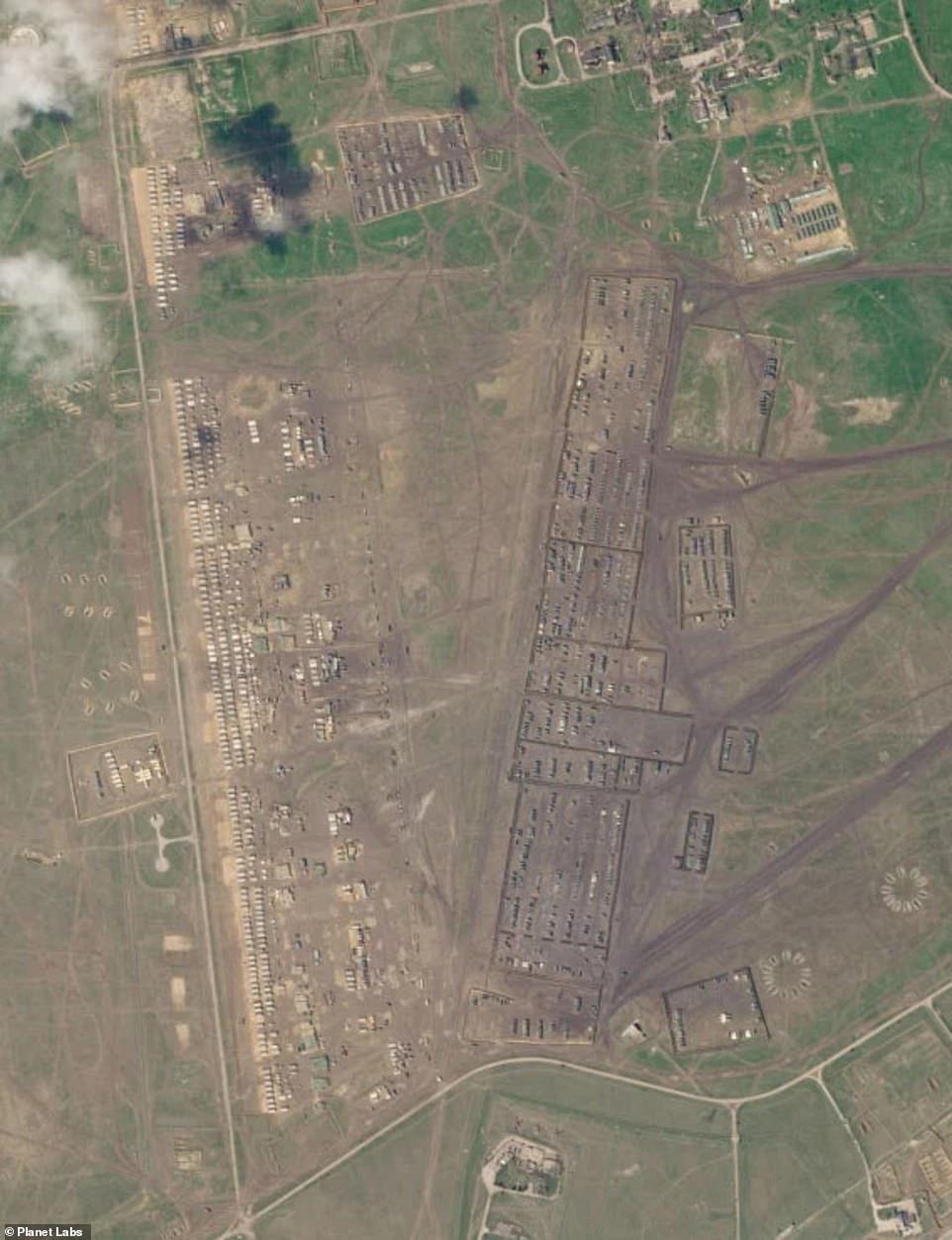 Vệ tinh tiết lộ bí mật của quân đội Nga ở Crimea khiến Ukraine đứng ngồi không yên - Ảnh 4.