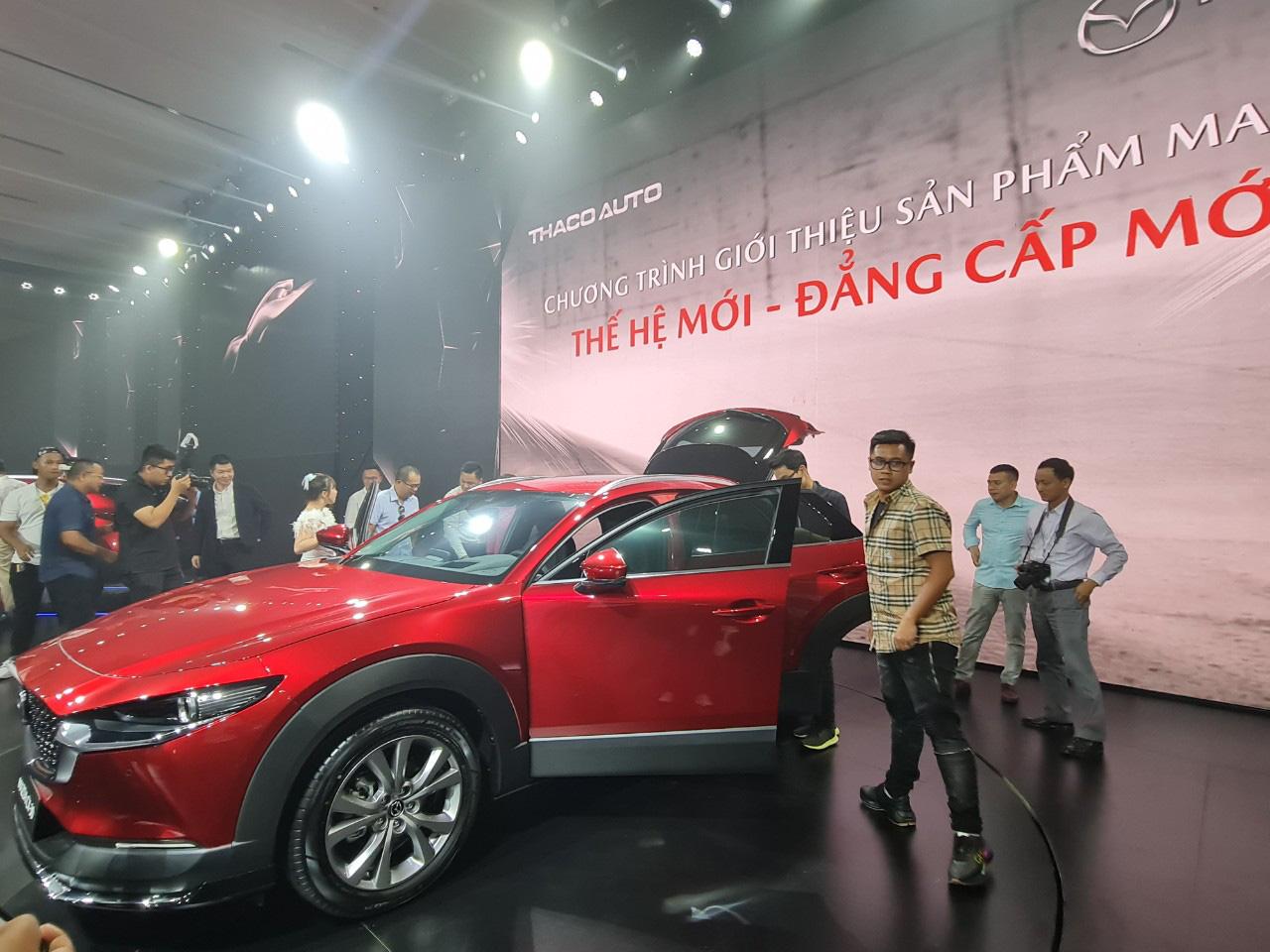 """Quảng Nam: Tỷ phú Trần Bá Dương ra dòng xe Mazda CX-30 """"thế hệ mới - đẳng cấp mới"""".   - Ảnh 6."""
