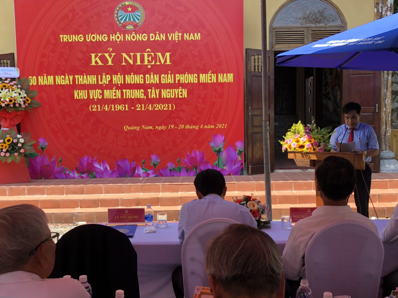Trung ương Hội Nông dân Việt Nam về nguồn tưởng nhớ các anh hùng nông dân - Ảnh 9.