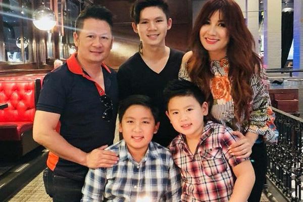 Cuộc sống hải ngoại của Bằng Kiều: Không giàu như mọi người nghĩ, miệt mài chạy show ở Việt Nam kiếm tiền - Ảnh 3.