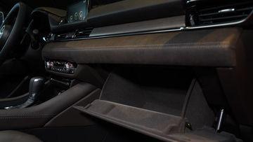 Mazda 6 trẻ trung, nhiều tiện ích - Ảnh 13.