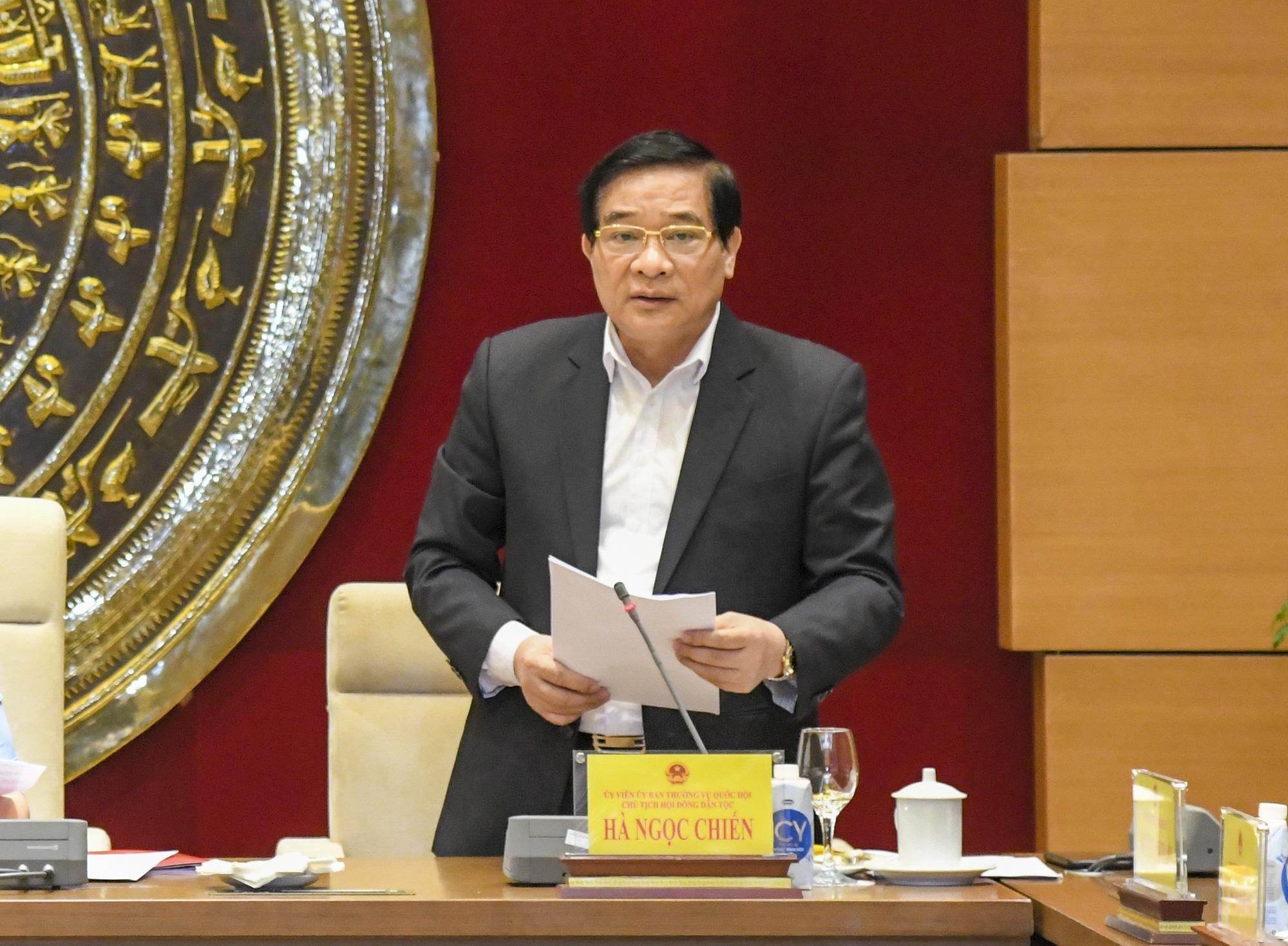 Ảnh: Chủ tịch Quốc hội Vương Đình Huệ làm việc với Hội đồng Dân tộc - Ảnh 6.