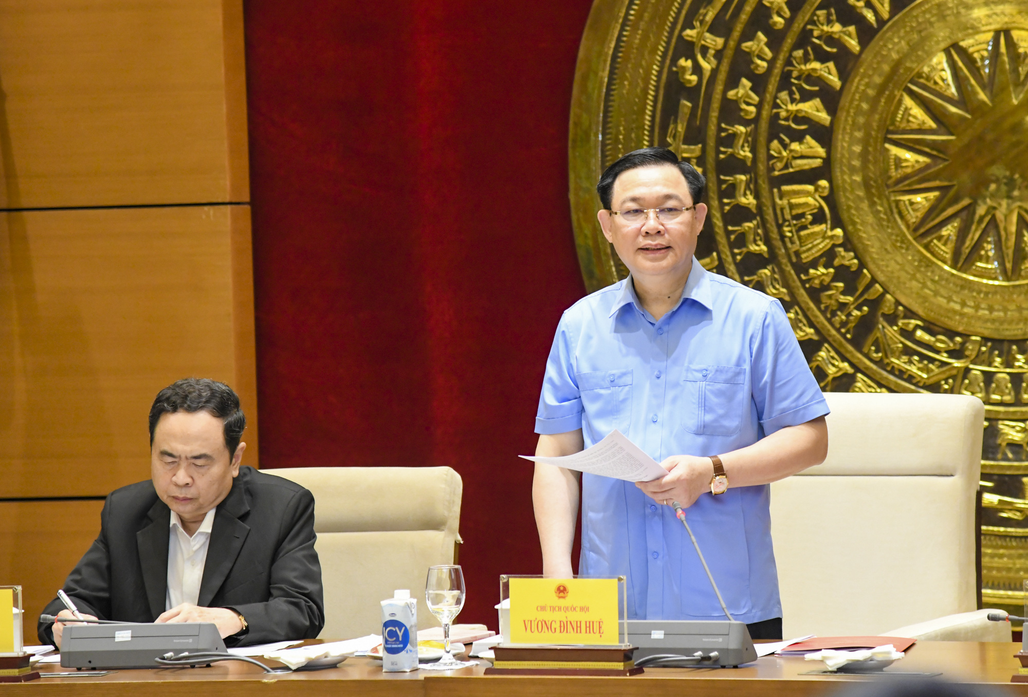 Ảnh: Chủ tịch Quốc hội Vương Đình Huệ làm việc với Hội đồng Dân tộc - Ảnh 5.