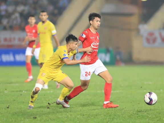 THỐNG KÊ: Lee Nguyễn nhận thẻ đỏ tại V.League nhiều gấp 3 thời ở MLS - Ảnh 2.
