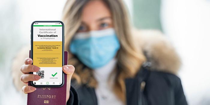 WHO cảnh báo hộ chiếu vaccine có thể không hiệu quả để tái khởi động du lịch - Ảnh 1.