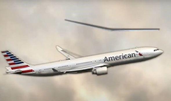 Sốc: American Airlines bắt gặp phi thuyền của người ngoài hành tinh - Ảnh 1.
