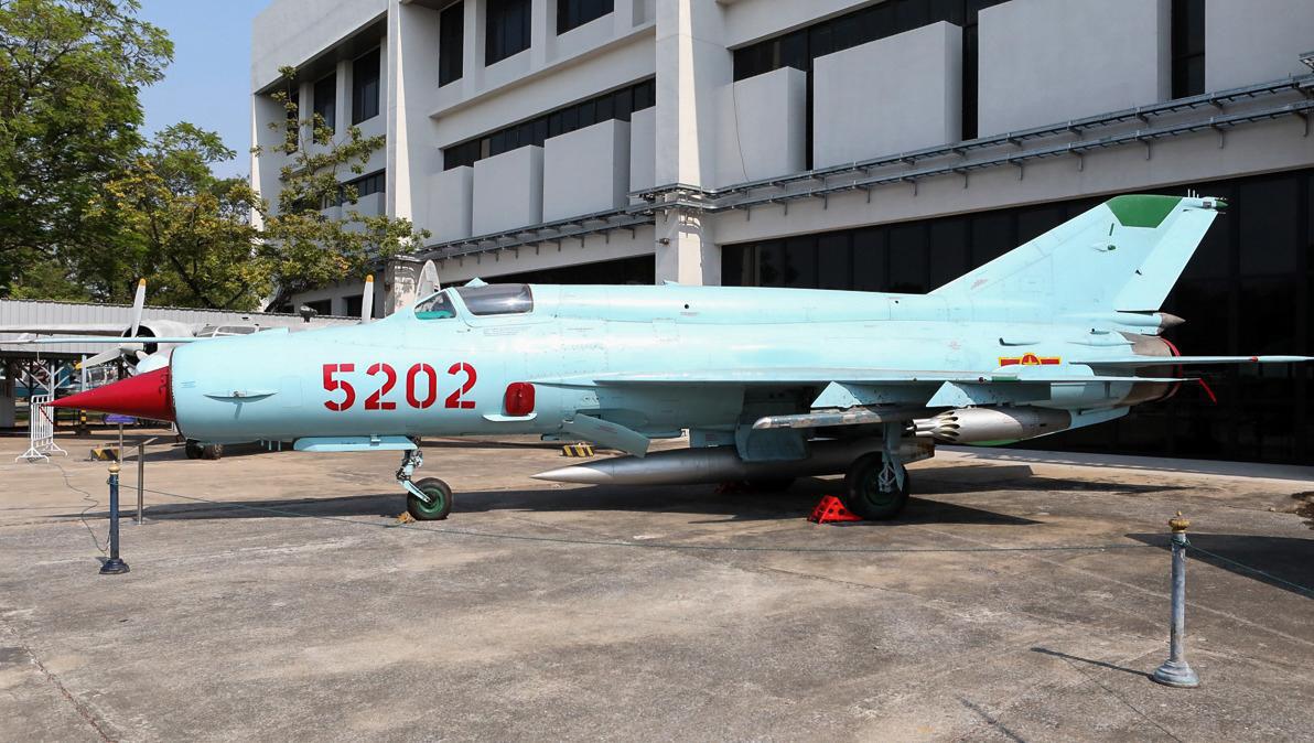 Việt Nam từng biên chế số lượng lớn MiG-21Bis, phiên bản mạnh ngang F-16 của Mỹ - Ảnh 2.