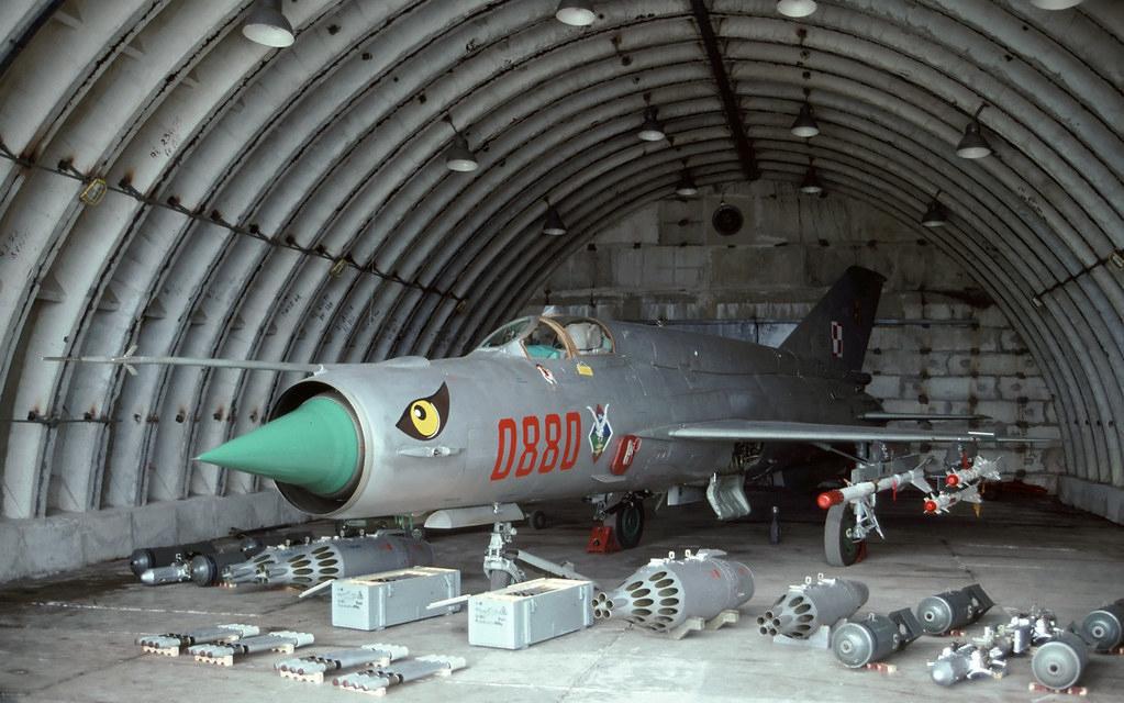 Việt Nam từng biên chế số lượng lớn MiG-21Bis, phiên bản mạnh ngang F-16 của Mỹ - Ảnh 3.