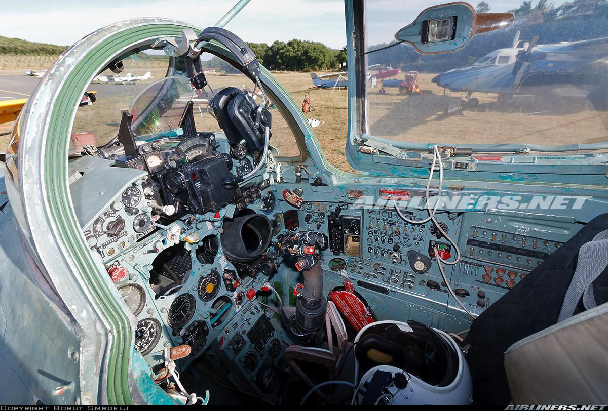 Việt Nam từng biên chế số lượng lớn MiG-21Bis, phiên bản mạnh ngang F-16 của Mỹ - Ảnh 13.