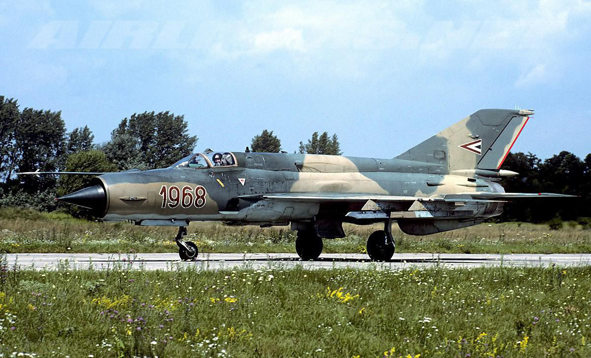 Việt Nam từng biên chế số lượng lớn MiG-21Bis, phiên bản mạnh ngang F-16 của Mỹ - Ảnh 18.