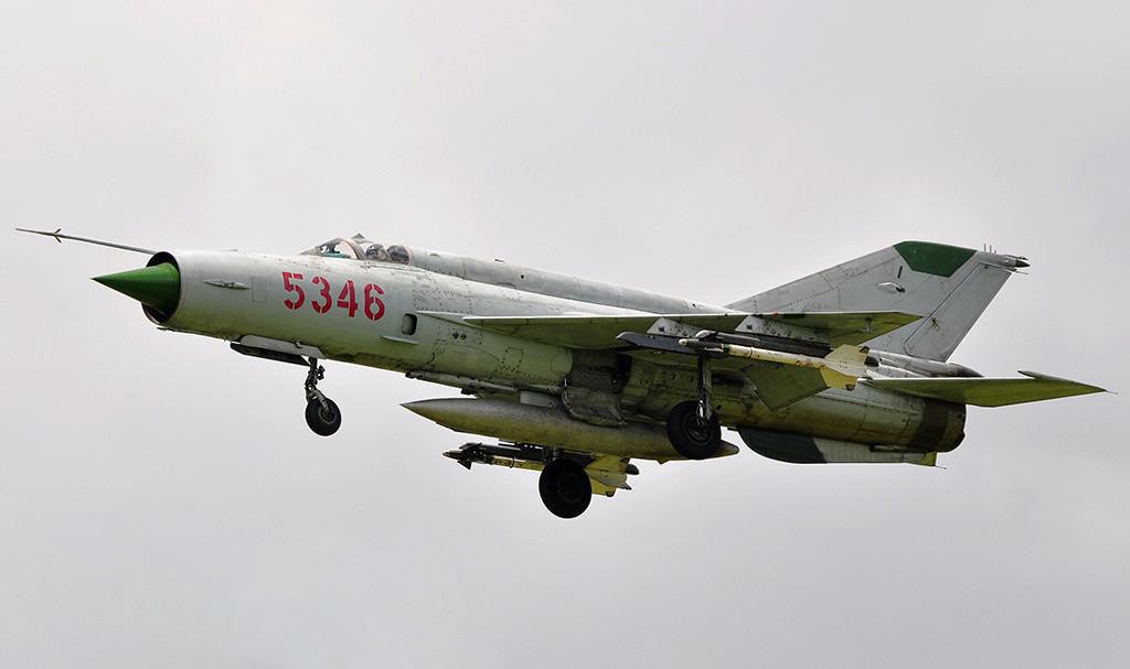 Việt Nam từng biên chế số lượng lớn MiG-21Bis, phiên bản mạnh ngang F-16 của Mỹ - Ảnh 21.