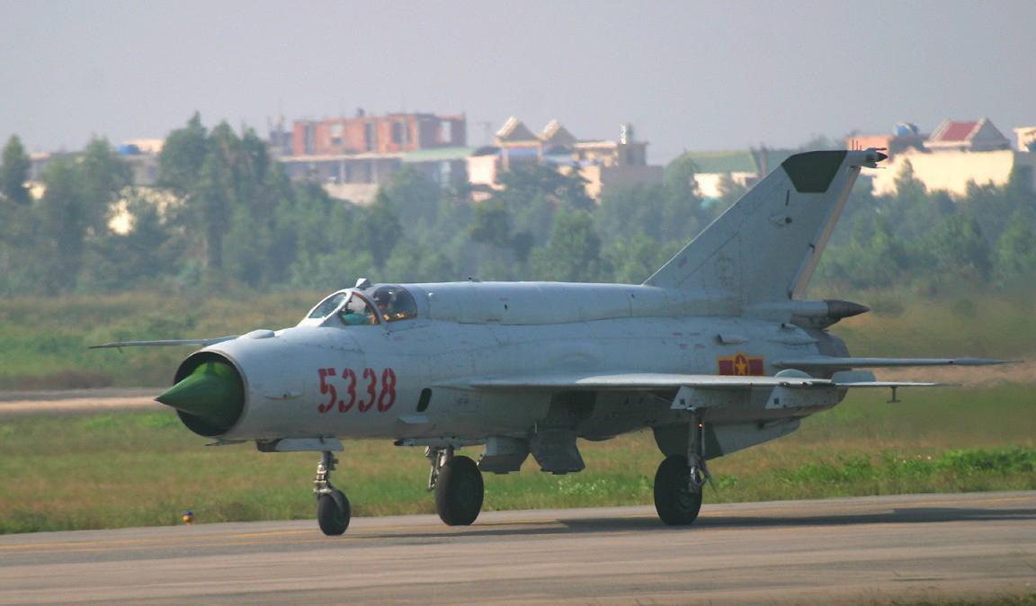 Việt Nam từng biên chế số lượng lớn MiG-21Bis, phiên bản mạnh ngang F-16 của Mỹ - Ảnh 22.