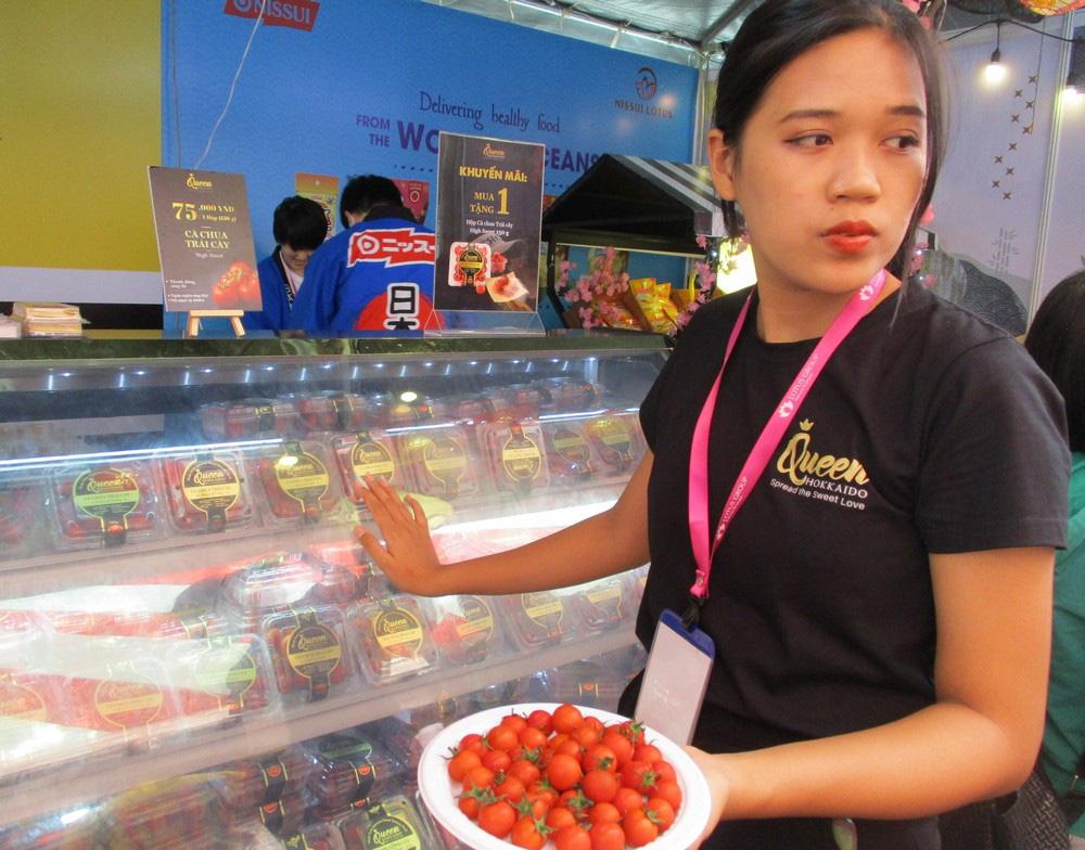 Ngỡ ngàng với loại cà chua Lâm Đồng giá nửa triệu đồng/kg - Ảnh 6.