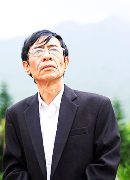 Hoàng Nhuận Cầm - người đọc thơ mê đắm nhất Việt Nam  - Ảnh 1.