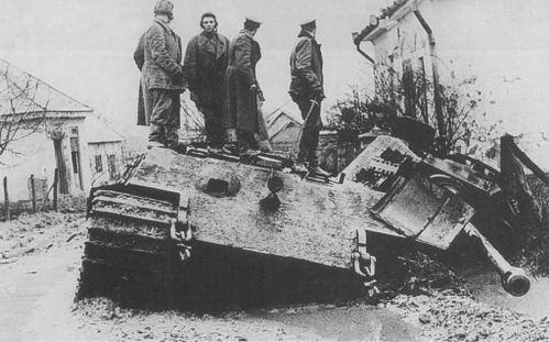 Vua Hổ: Xe tăng vượt thời đại của phát xít Đức, nhưng... - Ảnh 2.