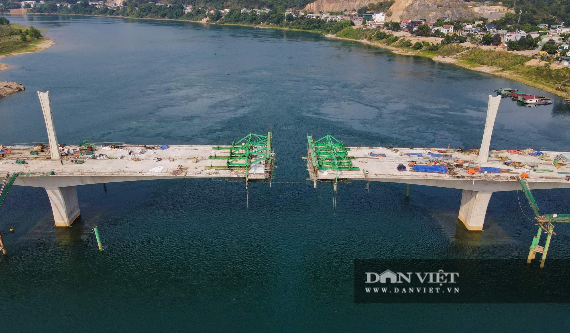 Toàn cảnh cây cầu Hoà Bình 2 trị giá gần 600 tỷ bắc qua sông Đà - Ảnh 6.
