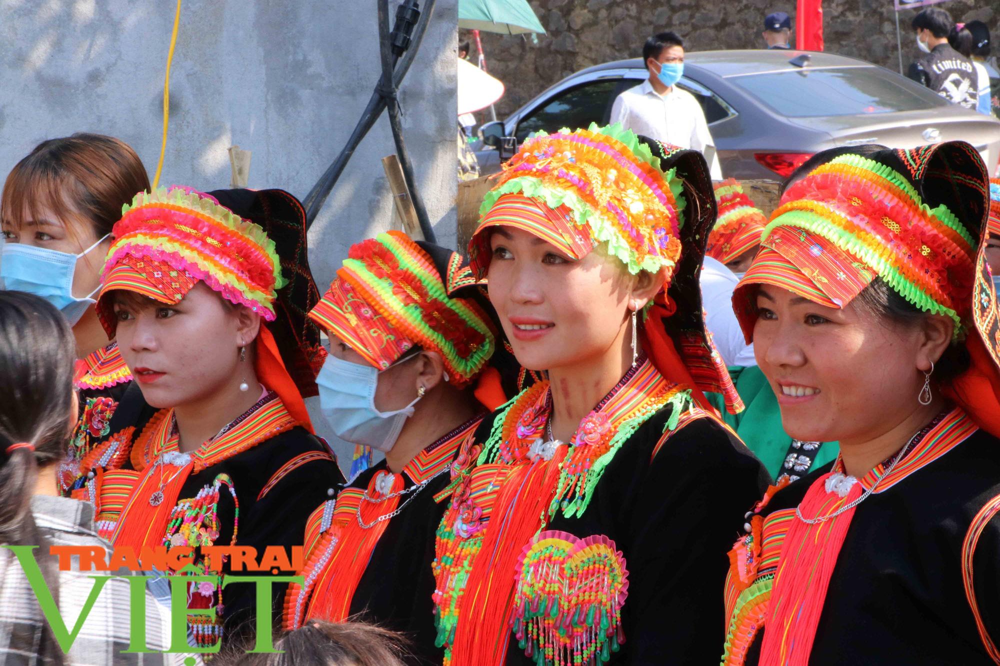 Lễ hội Then Kin Pang – Linh hồn của người dân tộc Thái Trắng - Ảnh 2.
