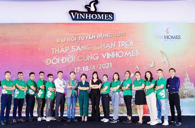 Siêu sự kiện Tuyển dụng Vinhomes 2021: Hàng ngàn bạn trẻ có việc làm - Ảnh 4.