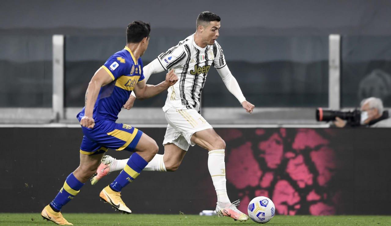 Juventus thắng Parma dù Ronaldo tịt ngòi, HLV Pirlo chỉ ra bí quyết - Ảnh 1.