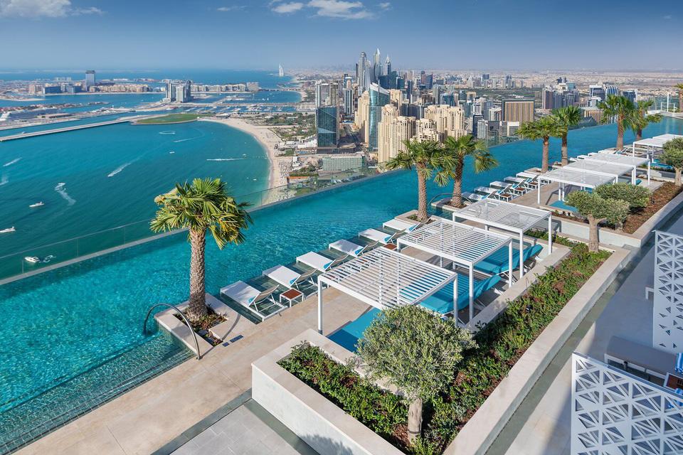 Chiêm ngưỡng bể bơi vô cực cao nhất thế giới ở Dubai - Ảnh 2.