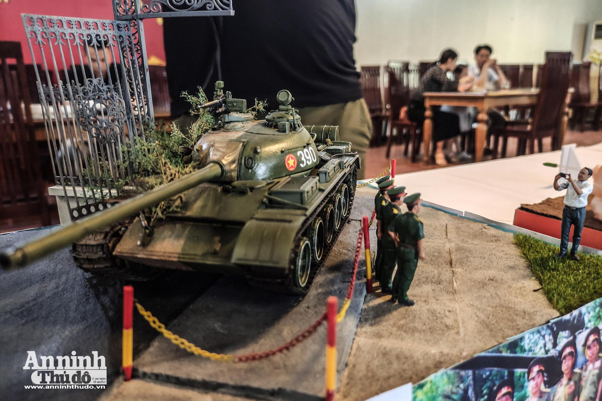 Những khí tài quân sự được tái hiện lại, mang theo bao ký ức hào hùng ở Hà Nội - Ảnh 3.