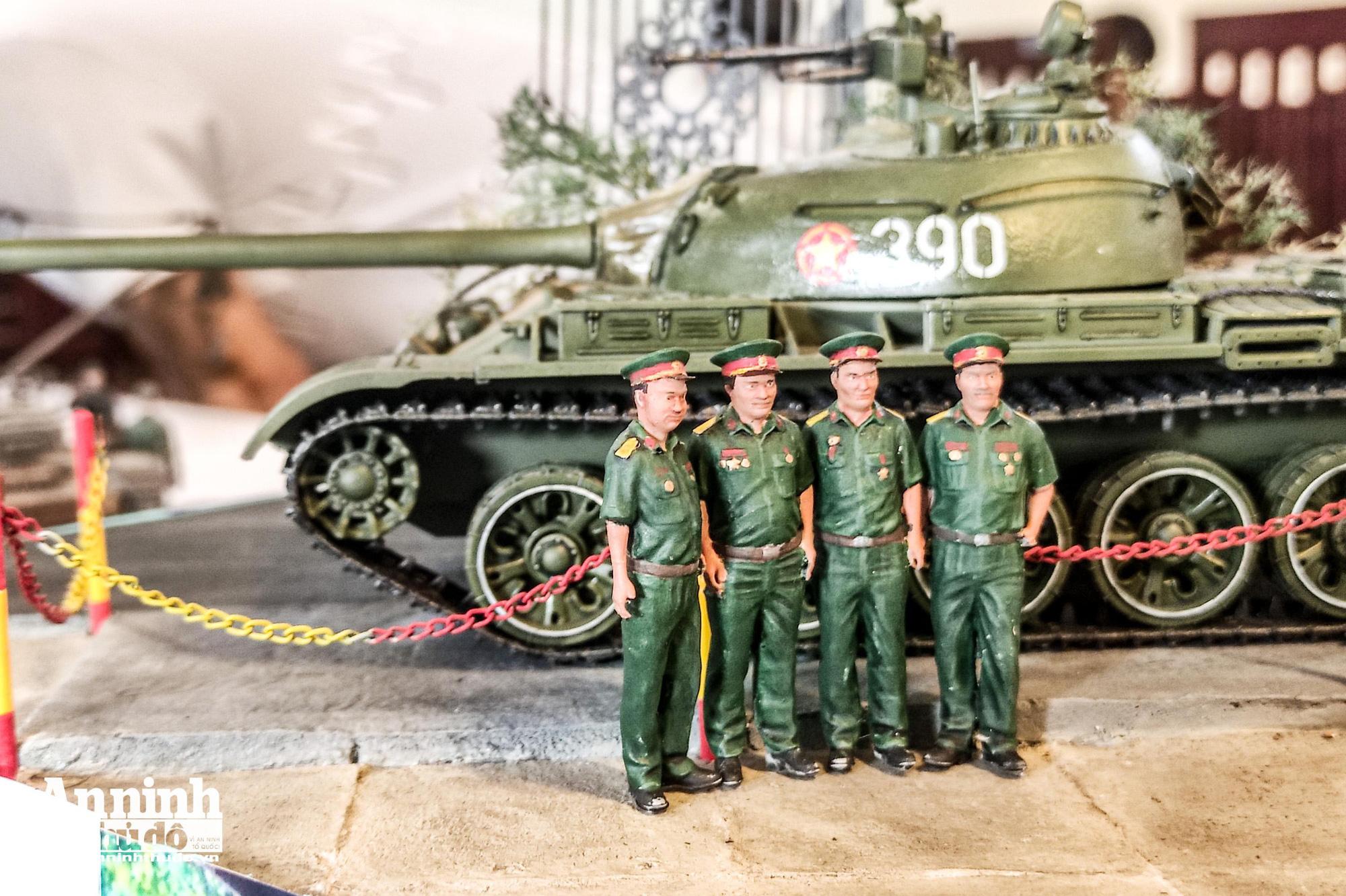 Những khí tài quân sự được tái hiện lại, mang theo bao ký ức hào hùng ở Hà Nội - Ảnh 5.