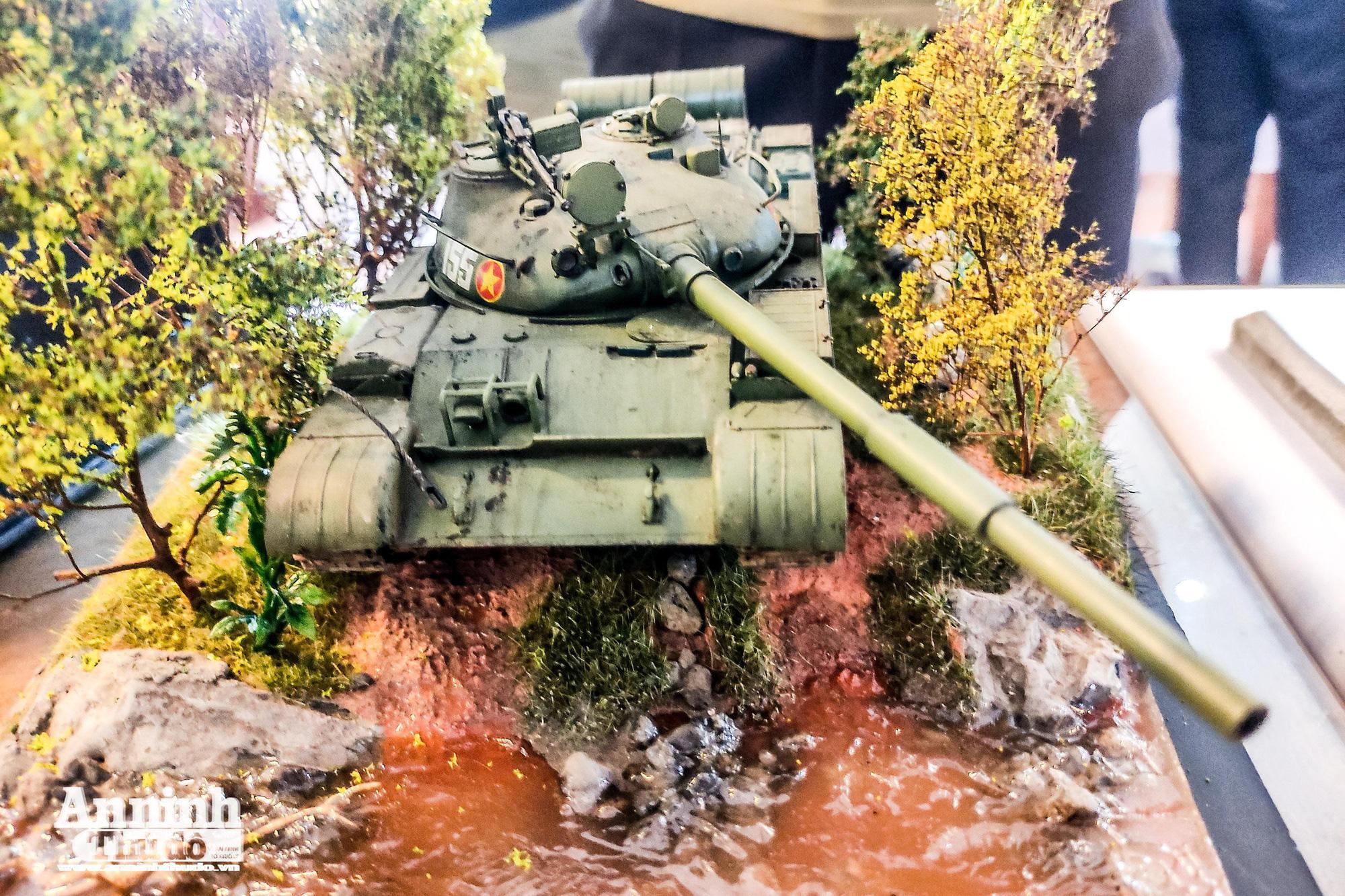 Những khí tài quân sự được tái hiện lại, mang theo bao ký ức hào hùng ở Hà Nội - Ảnh 10.