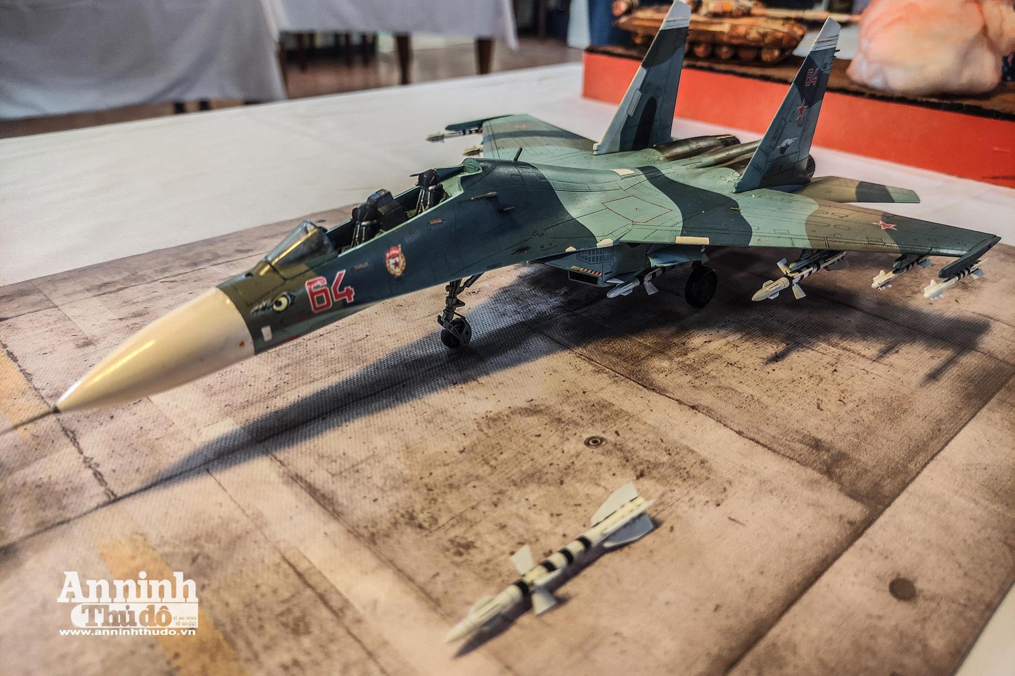 Những khí tài quân sự được tái hiện lại, mang theo bao ký ức hào hùng ở Hà Nội - Ảnh 17.