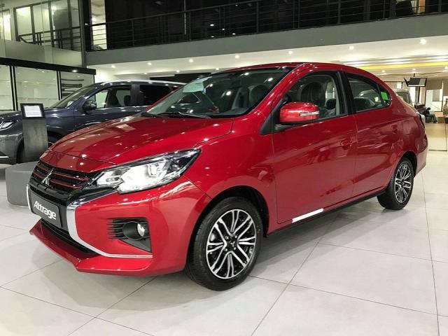 Ô tô nhập khẩu vẫn chiếm lĩnh thị trường Việt Nam - Ảnh 1.