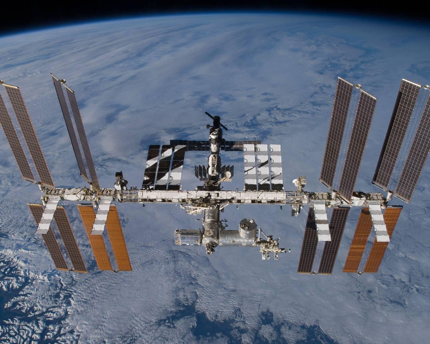 Nga dự kiến sẽ đưa Trạm Vũ trụ riêng vào quỹ đạo sau khi rời ISS - Ảnh 2.