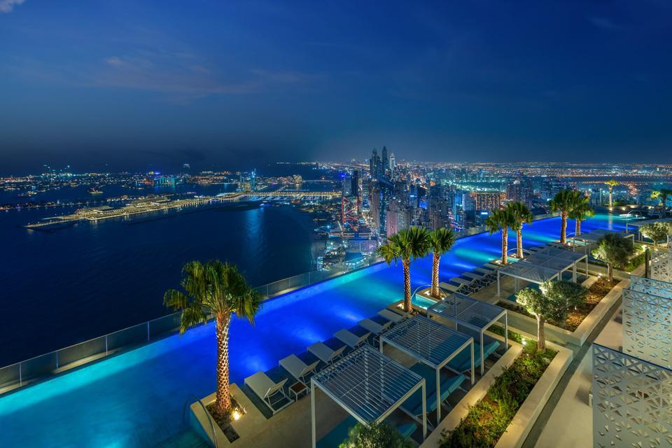 Chiêm ngưỡng bể bơi vô cực cao nhất thế giới ở Dubai - Ảnh 8.