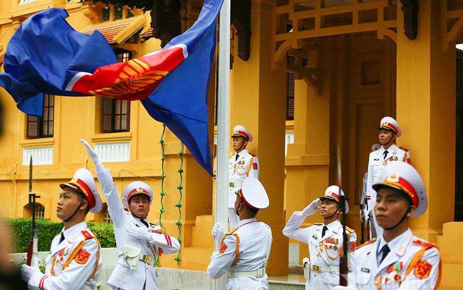 Chuyến công tác nước ngoài đầu tiên của Thủ tướng Phạm Minh Chính khẳng định ưu tiên của Việt Nam  - Ảnh 2.