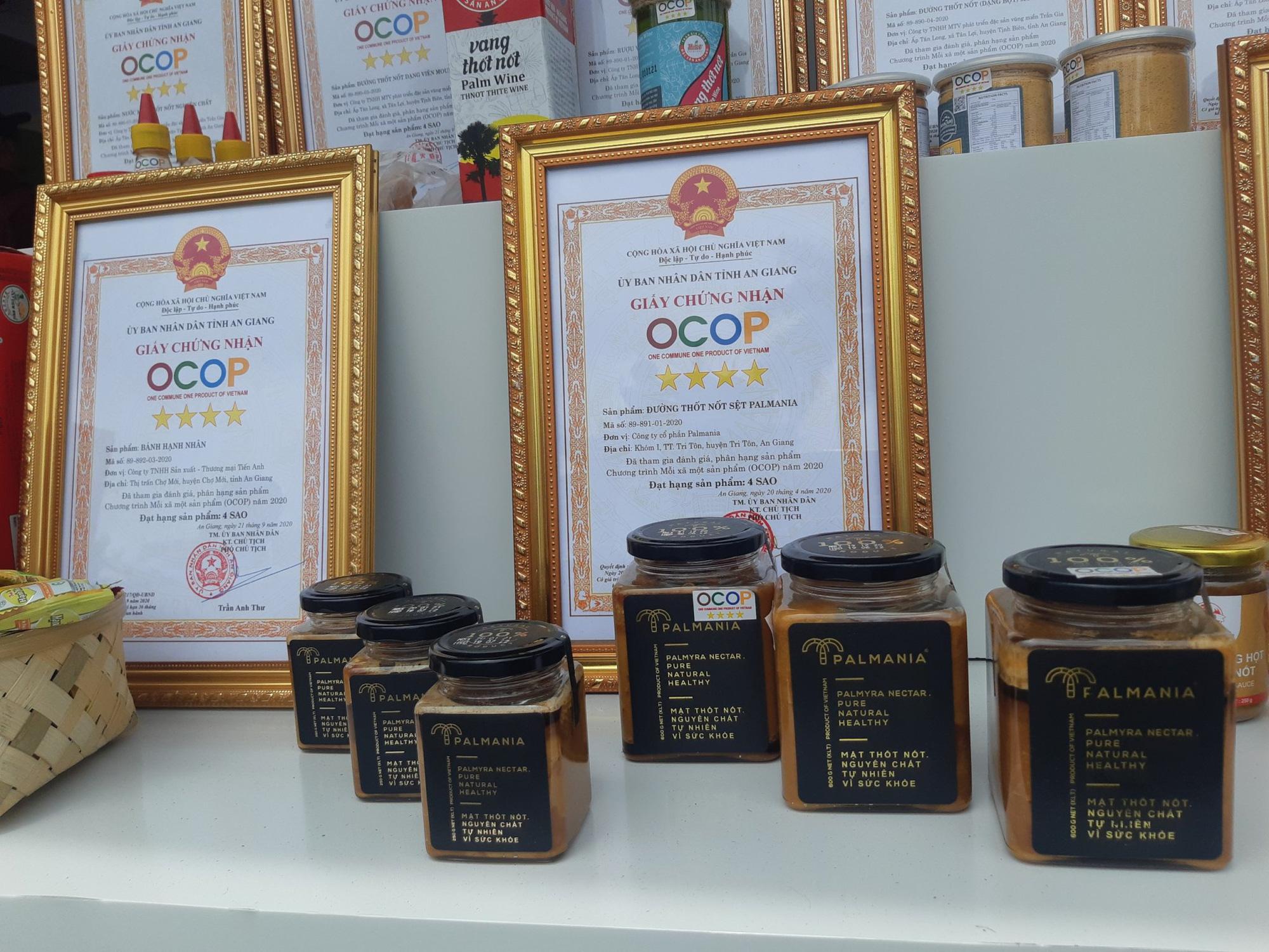 Sản phẩm OCOP 24 tỉnh, thành hội tụ tại Châu Đốc An Giang - Ảnh 4.