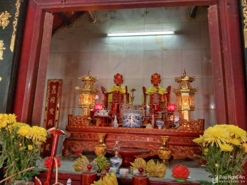 Chuyện lạ kỳ ở Nghệ An: Một nhà thờ thờ chung 2 dòng họ? - Ảnh 3.