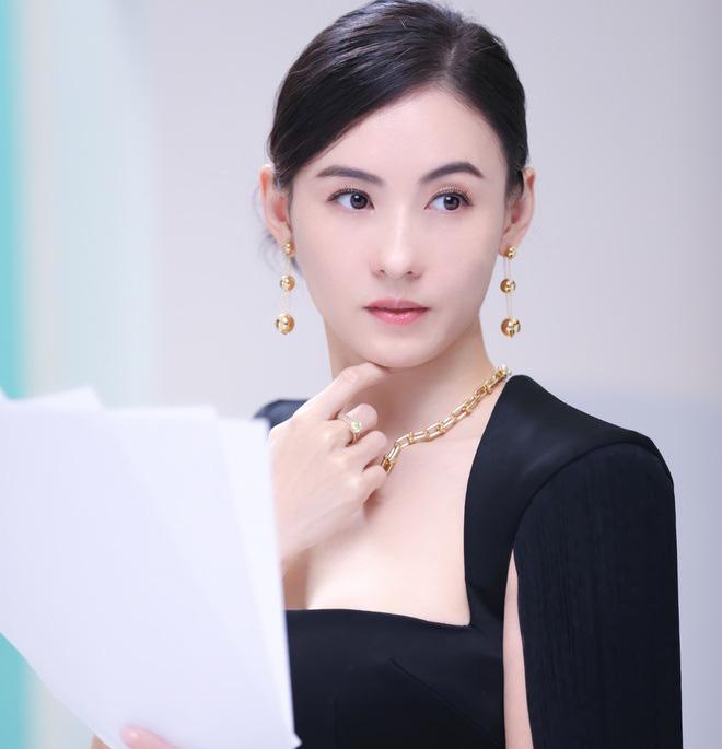 Bị loại khỏi show truyền hình vì hát kém, Trương Bá Chi vẫn kiếm bộn tiền - Ảnh 6.