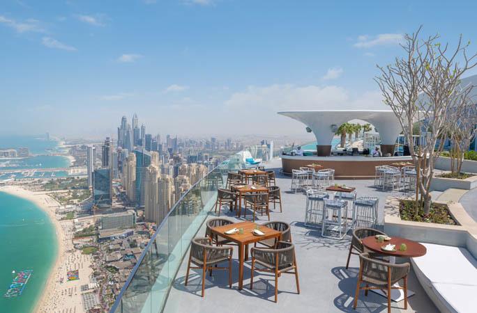 Chiêm ngưỡng bể bơi vô cực cao nhất thế giới ở Dubai - Ảnh 6.