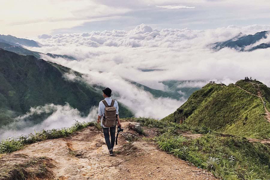 Du lịch Mộc Châu: Trải nghiệm lội thác, săn mây, ở nhà sàn có được ngủ thăm? - Ảnh 4.