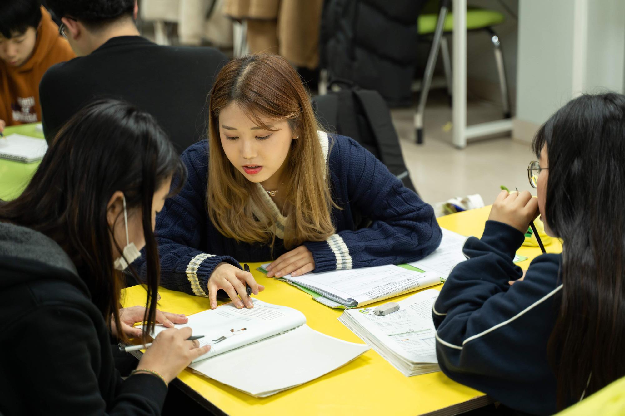 Tập đoàn ô tô Hyundai và TC MOTOR khởi động chương trìnhH-JUMP SCHOOL tại Việt Nam - Ảnh 1.