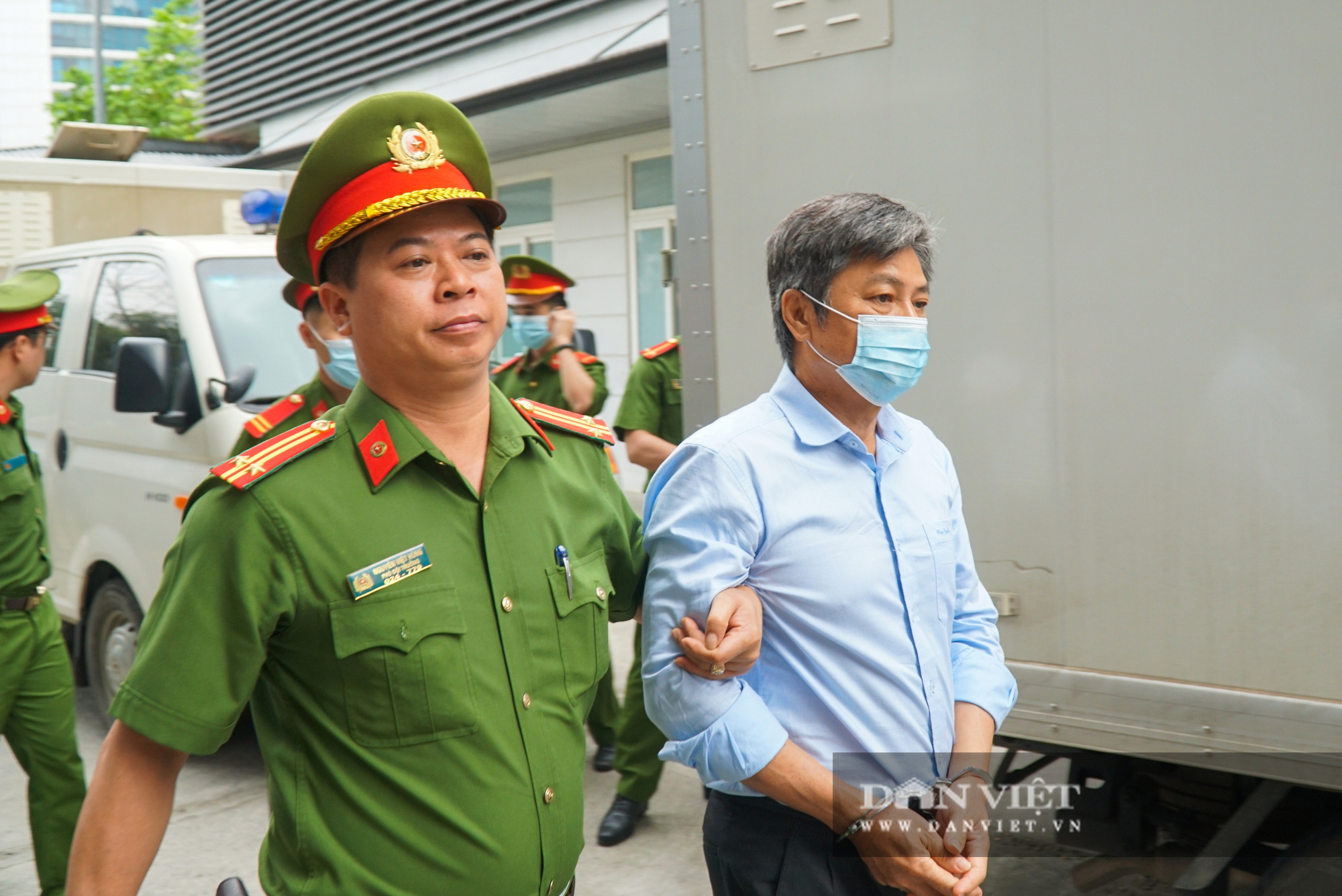 Cựu Bộ trưởng Vũ Huy Hoàng trông thế nào ở phiên xử lần thứ 3? - Ảnh 7.