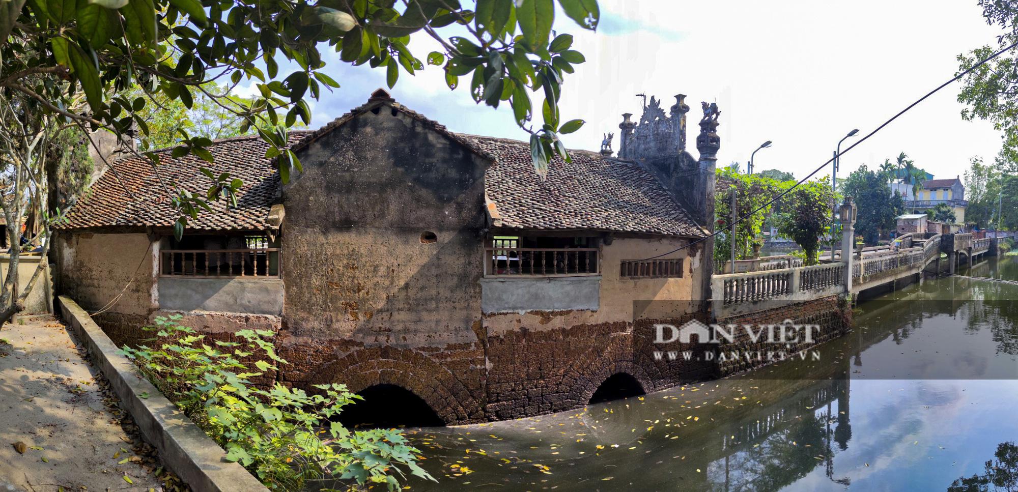 Cận cảnh cây cầu có hình dáng thuyền nan úp ngược độc nhất vô nhị ở Hà Nội - Ảnh 11.