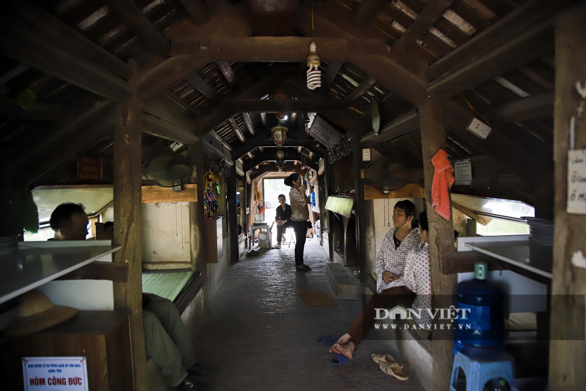 Cận cảnh cây cầu có hình dáng thuyền nan úp ngược độc nhất vô nhị ở Hà Nội - Ảnh 5.