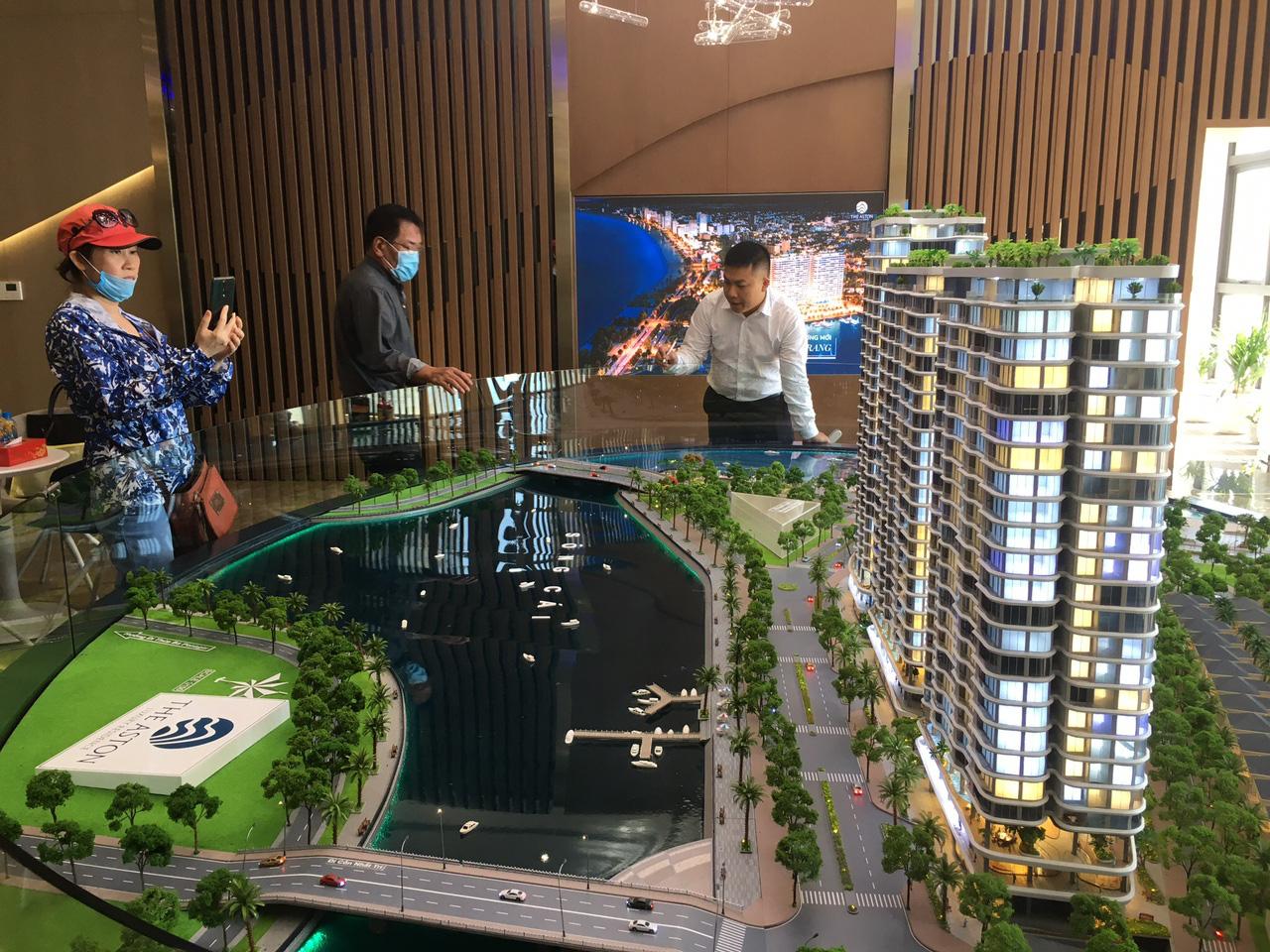 Khánh Hòa: Dự án The Aston Luxury Residence - Nha Trang lách luật để huy động vốn và rao bán rầm rộ - Ảnh 1.