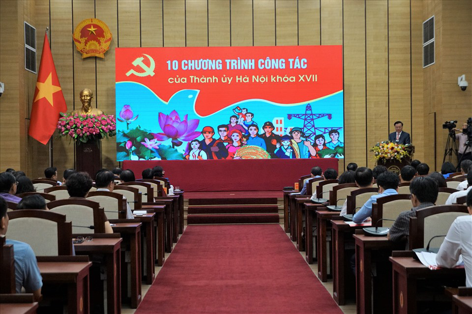 """Chủ tịch Hà Nội: """"Để mất an ninh chính trị, trật tự an toàn là không có cơ hội sửa chữa"""" - Ảnh 1."""