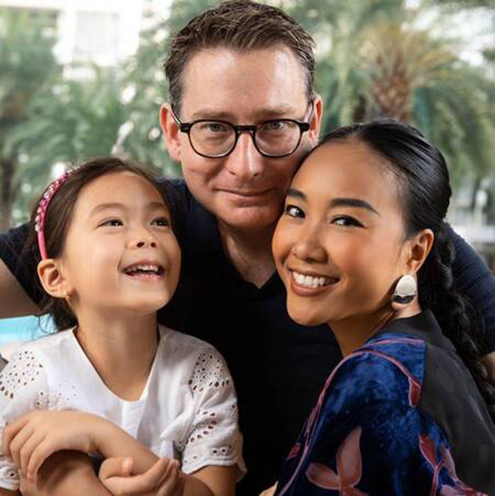 """Cuộc sống ca sĩ Đoan Trang sau 10 năm lấy chồng Tây: """"Ở ẩn"""" khỏi showbiz, ra nước ngoài sinh sống - Ảnh 8."""