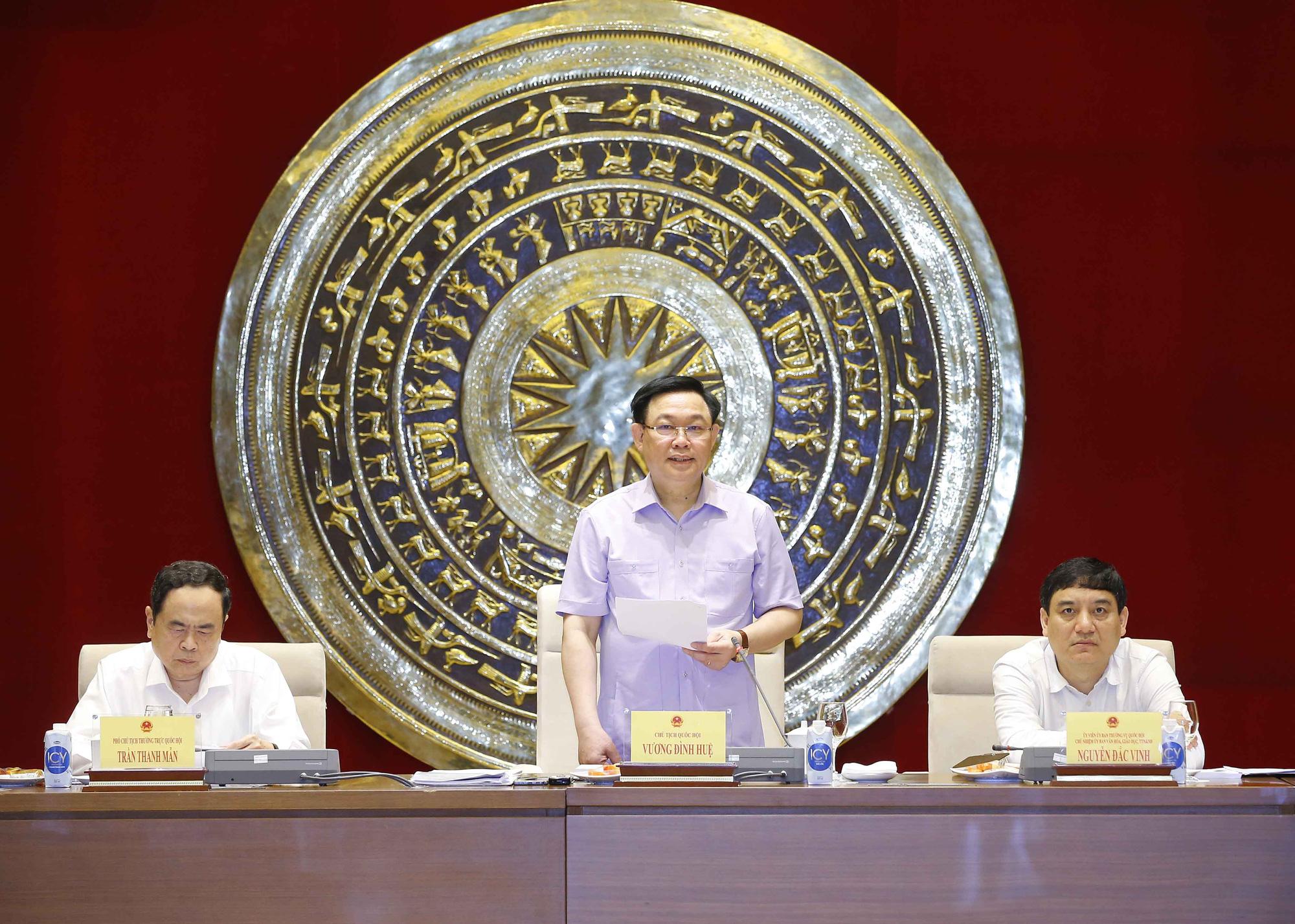 Chủ tịch Quốc hội Vương Đình Huệ: Chống lạm quyền trong thực hiện giám sát  - Ảnh 1.
